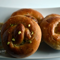 New Year Pretzel Bread with Maple glaze (whole-wheat)